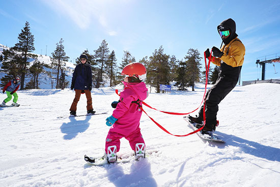 cropattu kid_on_snowboard_ruka_ski_resort.jpg